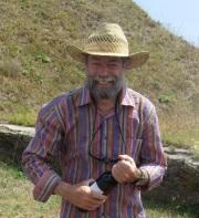 Claude Molinier. Chiloe Voyage. www.chiloe@chiloe-voyage.fr. Randonnées. Voyages. Trekking. Alpinisme