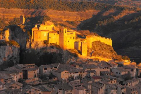 Alquezar. Sierra de Guara. Aragon. Espagne. Randonnées à pied. Voyage culturel. Chiloe. www.chiloe-voyage.fr