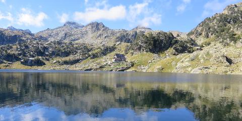 Massif des Encantats. Pyrénées. Parc National. Randonnées à pied. Chiloé. www.chiloe-voyage.fr